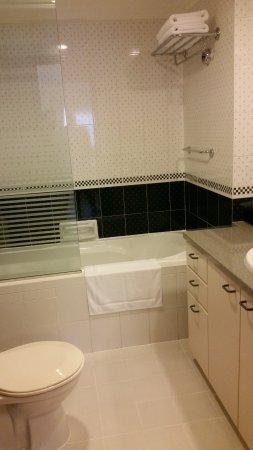 Norfolk Mansion Saigon: 2 bedroom apartment - one of 2 bathrooms
