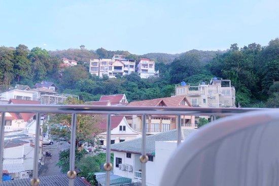 Patong Eyes Hotel Photo