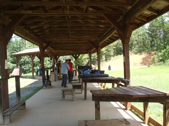 Murphy, NC: Covered concrete shooting pad with shooting benches.
