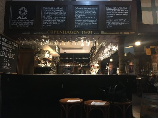 The Lord Nelson Brewery Hotel: pub!