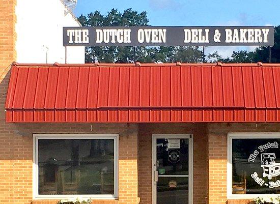 Hillsville, VA: The Dutch Oven