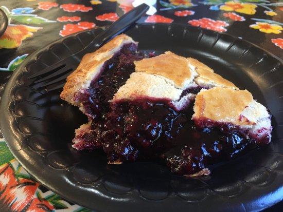 Linn's Easy As Pie Cafe: photo1.jpg
