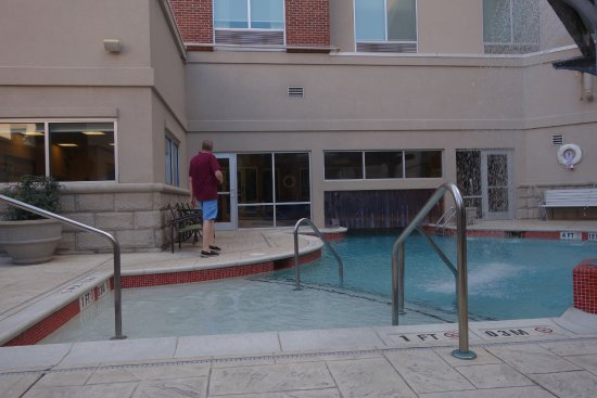 Hampton Inn & Suites Chattanooga / Downtown: Hotel pool