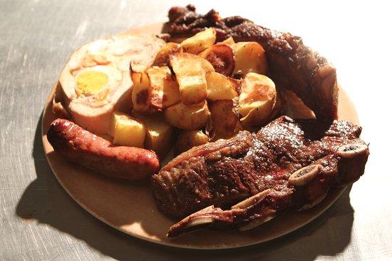 la grigliata mista con patate al forno