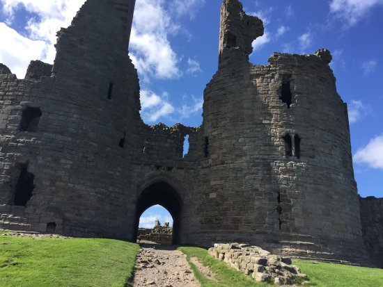 Dunstanburgh Castle Hotel: photo1.jpg