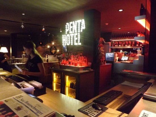 Recepcja I Bar W Jednym Bild Von Pentahotel Braunschweig