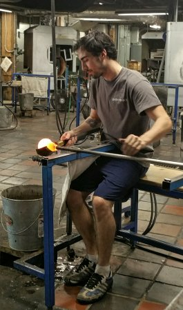 Quechee, VT: Blowing glass and beautiful setting