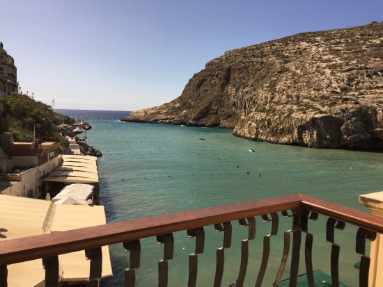 San Andrea Hotel: Xlendi bay