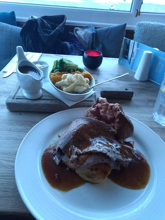 Instow, UK: Traditional roast beef