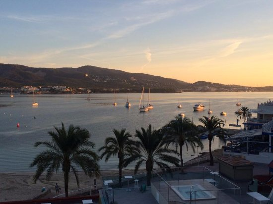 Hotel Seramar Comodoro Playa: Fabulous views from Balcony