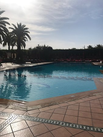 Hotel Sofitel Marrakech Lounge and Spa: Absolutely fabulous hotel, surroundings beautiful and very safe. The staff were attentive and no