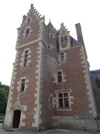 Lassay-sur-Croisne, Frankrijk: Le Château aux Briquettes rouges vu de la Cour Intérieure