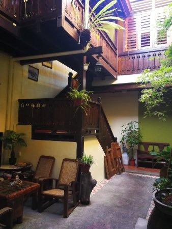 Cintra Heritage House: IMG_20171003_173321_large.jpg