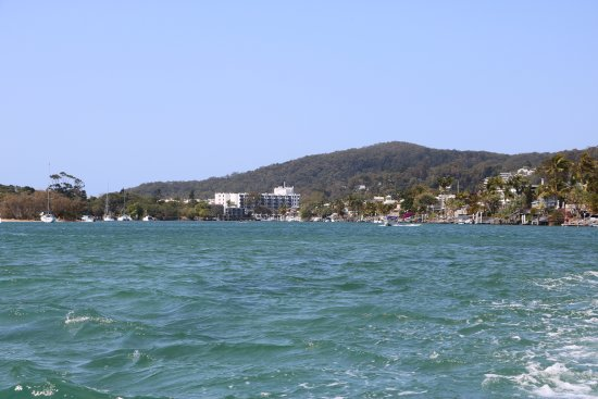 The Noosa Ferry Cruise Company: relaxing trip on the Noosa ferry