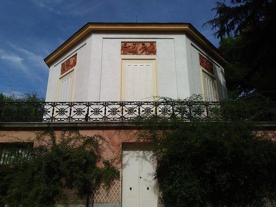 Parque de el capricho madrid pan lsko recenze for Jardin historico el capricho paseo alameda de osuna 25