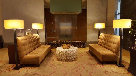 Hyatt Regency Denver At Colorado Convention Center: Lobby