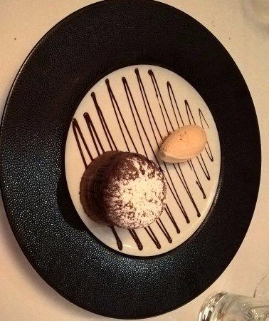 Heudicourt Sous Les Cotes, Francia: Moelleux au chocolat
