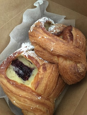 Buttermilk Bakery: Amazing pastries!!!