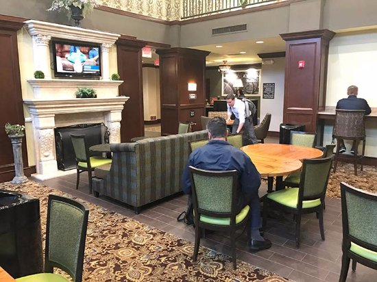 Hampton Inn & Suites Hartford/Farmington: The hotel uses this tiny room as a dining area. It can be hard to find a place to sit and eat.