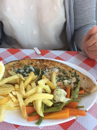 Comares, Spagna: Swordfish steak (just a small one!).