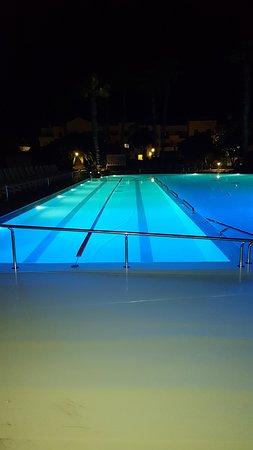 Los Zocos Club Resort: Laned area of the pool
