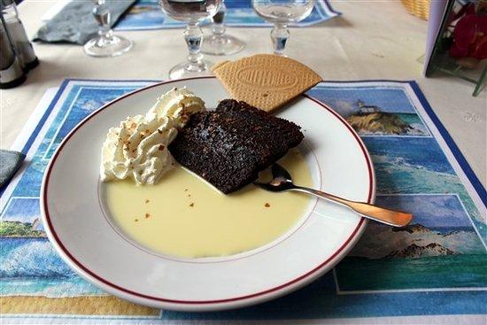 Saint-Gabriel-Brecy, Francia: fondant au chocolat et sa crème anglaise