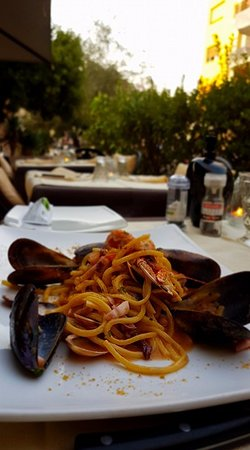 Paco: Spaghetti with fresh sea food
