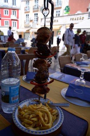 Restaurante Cervejaria Santiago: Spiedino di carne