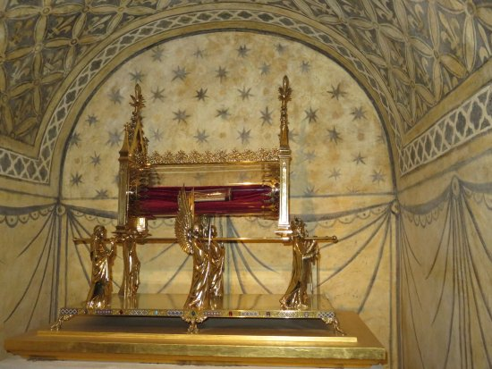 La Basilique Sainte Marie-Madeleine : Reliquaire de Ste Marie-Madeleine