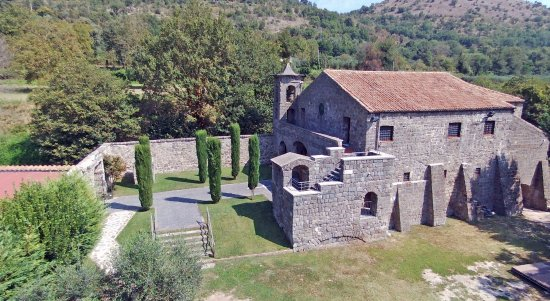 Eremo di San Vitaliano di Casola ( CE) vista laterale - Foto di Eremo di  San Vitaliano, Caserta - Tripadvisor