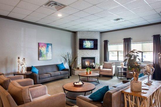 heartland inn coralville iowa hotel reviews photos. Black Bedroom Furniture Sets. Home Design Ideas