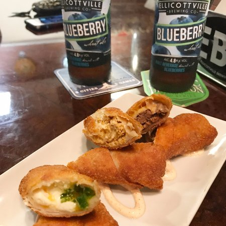 Butera's Craft Beer & Craft Pizzas: Taco Pizza Logs