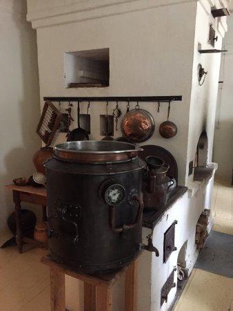Музей коломенской пастилы: Это специальный бак для приготовления какого то особого сорта пастилы