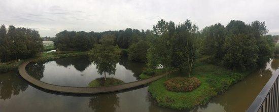 Nieuwerkerk aan den Ijssel, Nederland: Uitzicht waterzijde vanaf kamer 349