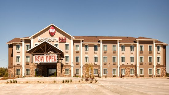 Fort Morgan, CO: The Best Western Plus Overland Inn is the perfect place for business or family travel.
