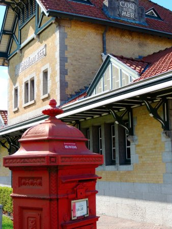 The Kusttram : The tram station at De Haan