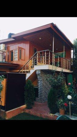 Hotel JH Bazaz (Happy Cottage): photo0.jpg