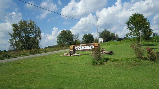 Pulaski, TN: Big Creek Winery