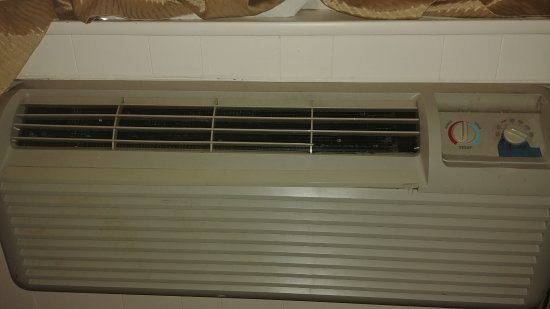 Knights Inn South Amboy Garden State Parkway Exit 125 Nasty Air Conditioner