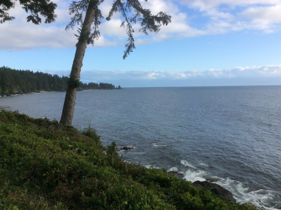 Fossil Bay Resort: View of Juan de Fuca Strait from the deck