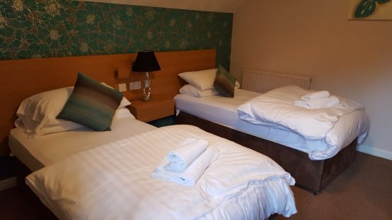 Ribby Hall Village Self Catering Accommodation : Ruby Cottage - Twin Room