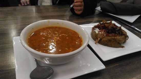 Amoo's Restaurant: P_20171001_185809_large.jpg