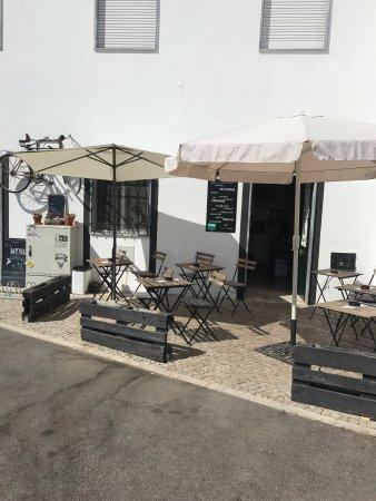 Alte, Португалия: Germano biciArte Café