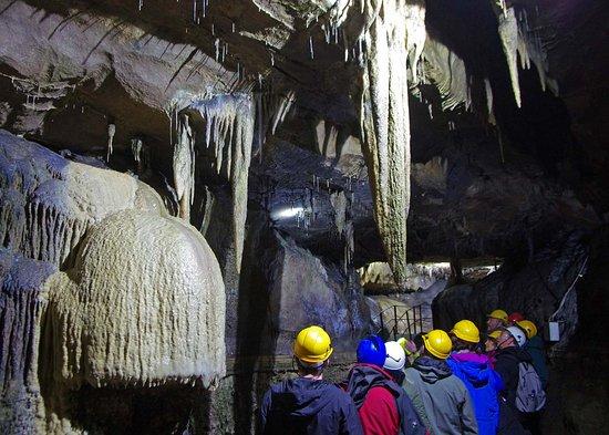 Clapham, UK: Cave 1