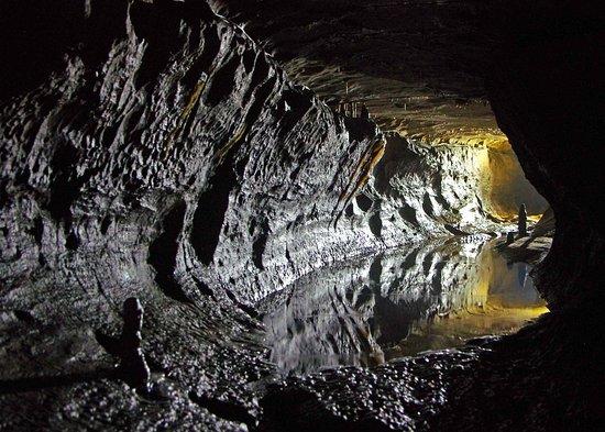 Clapham, UK: Cave 2