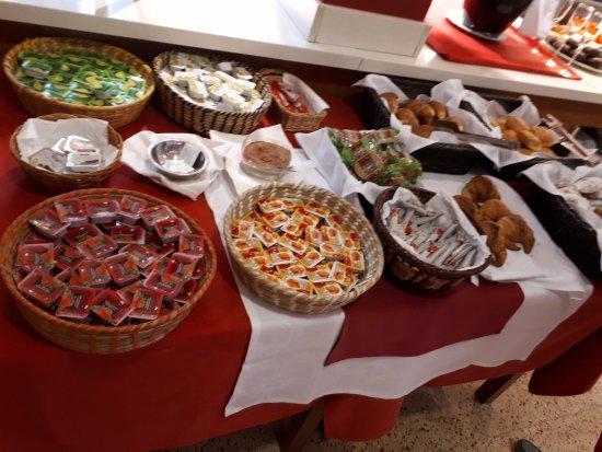 Hotel Acacias Suites & Spa: buffet petit dejeuner