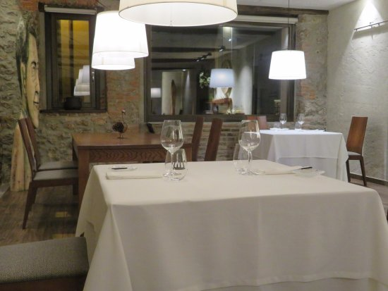 Restaurante El Retiro: Parte del comedor