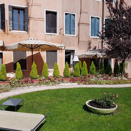 HOTEL OLIMPIA Venice: 20170922_122534_large.jpg