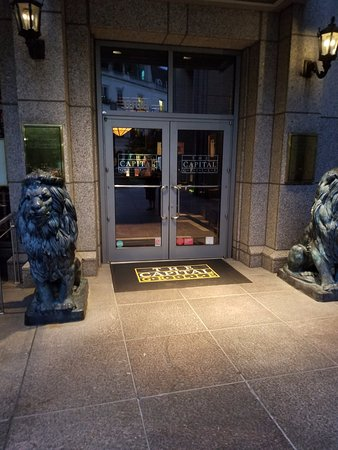 The Capital Grille: Entrance to the restaurant.
