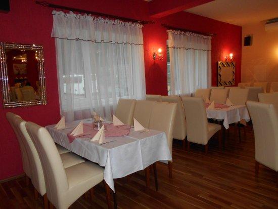 Hotel Mazuria:  ресторан очень уютный, красиво оформлен